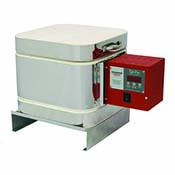 8 W x 8 L x 6.5 D - Evenheat V8 Kiln w/Set-Pro Controller, equipped with Vitrigraph Base